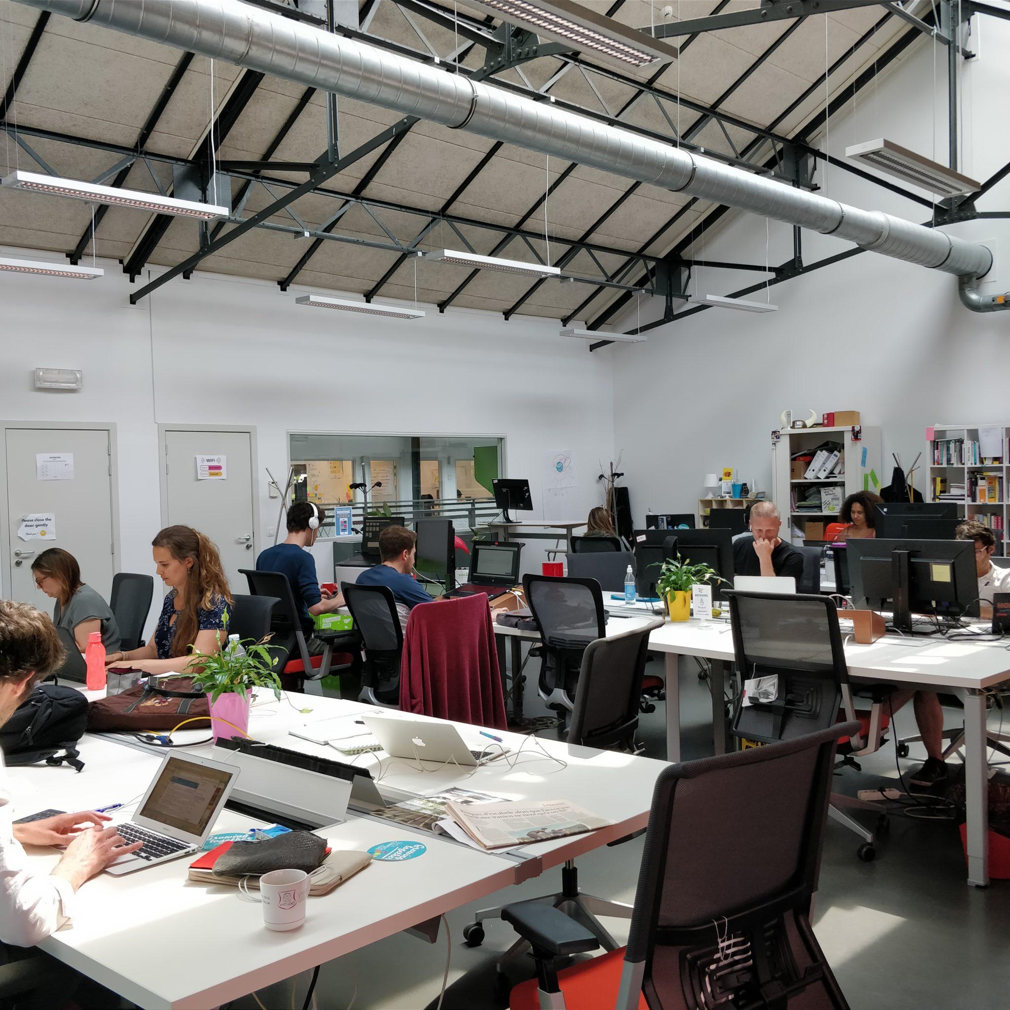 coworking_room_